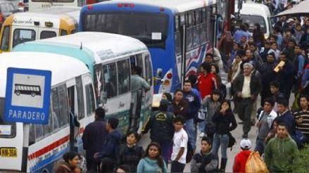 Cinco medidas inmediatas para reducir el hacinamiento en el transporte público