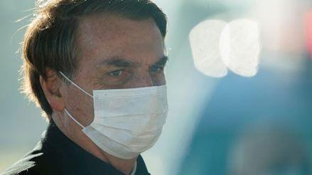 La mitad de los brasileños reprueba la gestión de Jair Bolsonaro frente a la pandemia