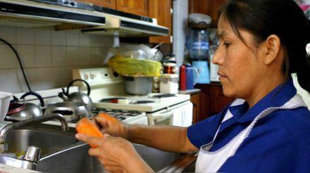 La Defensoría advierte que retener a trabajadora del hogar en centro de labores puede constituir delito