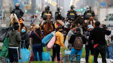 Coronavirus en Perú: El éxodo de miles de vendedores ambulantes por las calles de Lima [FOTOS]