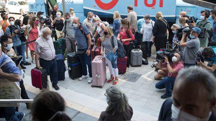 España: Primeros 180 turistas alemanes llegan a las islas españolas en Mallorca tras confinamiento