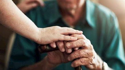 Cuarentena: Consejos para proteger la salud física y mental del adulto mayor en tiempos de pandemia