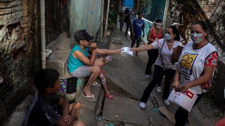 Brasil prorroga por dos meses los subsidios a los más pobres por la COVID-19