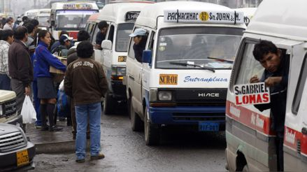 ¿Cómo evitar el contagio de COVID-19 en el transporte público? Especialista plantea medidas para evitar un rebrote