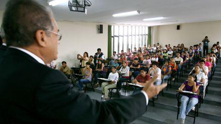 COVID-19: Proyecto de ley propone bachillerato automático para universitarios durante la pandemia