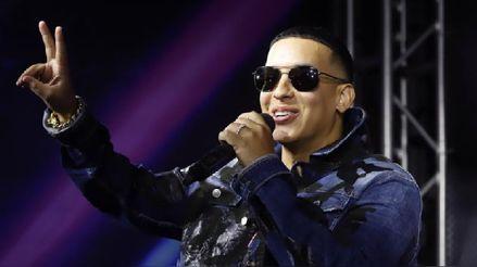 Daddy Yankee celebra el billón de vistas de su canción