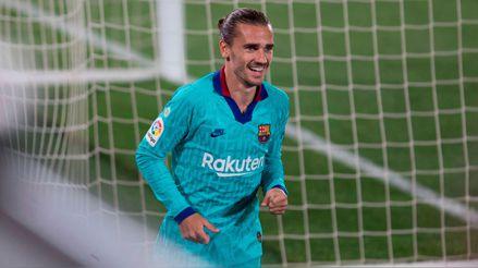 La clase de Antoine: Griezmann volvió al gol y 'colgó' al arquero tras el taco de Lionel Messi