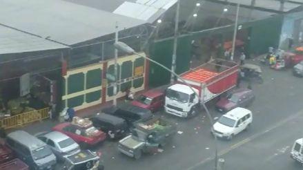 Cercado de Lima: Denuncian funcionamiento de mercados informales dentro de cocheras en avenida Nicolás Ayllón