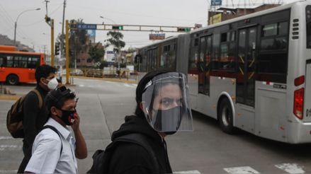 El panorama en Lima por el uso obligatorio de protectores faciales en el transporte público