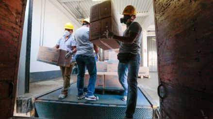 Minsa: Más de 45 toneladas de suministros médicos fueron entregados en Lima y 15 regiones del país