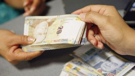 Vizcarra: Dos millones y medio de hogares recibirán bono de S/760 la próxima semana