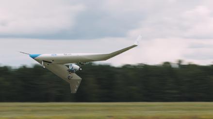 """¿El futuro de la aviación? KLM hace volar con éxito su prototipo de avión en forma de """"V"""""""
