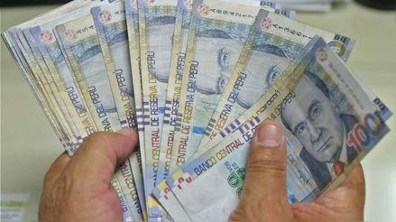 Solo uno de cada 10 trabajadores en el Perú paga impuestos