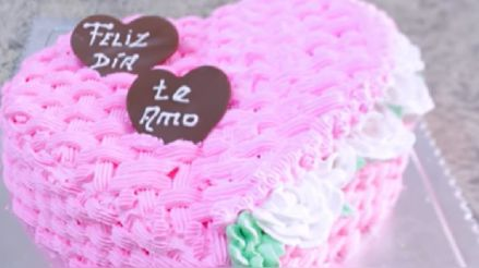 Receta de torta de corazón: Prepara este rico postre en casa