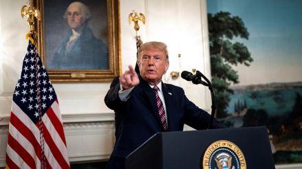 Donald Trump dice ahora que minimizó la gravedad de la COVID-19 para