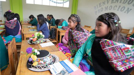¿Cuántas mujeres indígenas acceden a la educación superior?