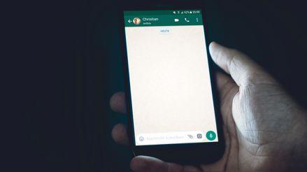 ¿Amaneciste fuera de los grupos de WhatsApp? Esta es la solución