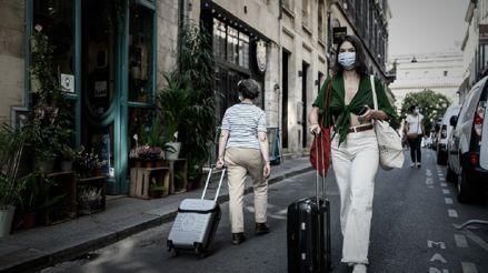 Los contagios por coronavirus en Francia rozan los 10 000 en un día
