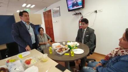 Congresista celebró cumpleaños reunido con varias personas pese a prohibición por la pandemia