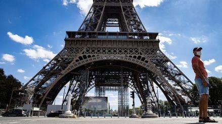 La Torre Eiffel fue evacuada por una alerta de bomba