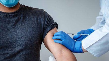 COVID-19: Voluntario peruano en Argentina recibió la última dosis de candidata a vacuna de Pfizer y BioNtech