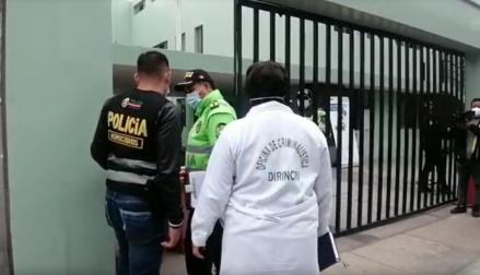 San Isidro: un hombre detenido le quitó su arma a un policía y lo mató a balazos dentro de la comisaría