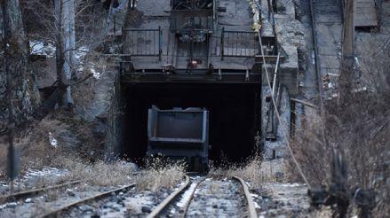 Diecisiete trabajadores quedaron atrapados en una mina de China por fuga de gas