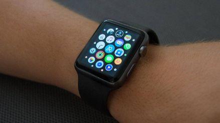 Nueve de cada 10 alertas del monitor cardíaco en el Apple Watch terminan en visitas innecesarias al doctor