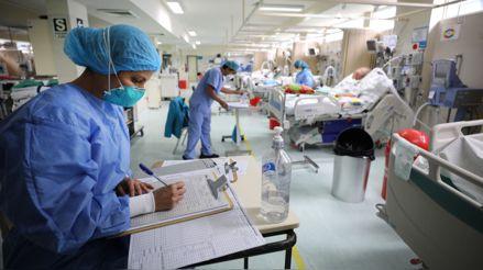 Perú registra más de 846 mil casos confirmados y 33 223 fallecidos por la COVID-19