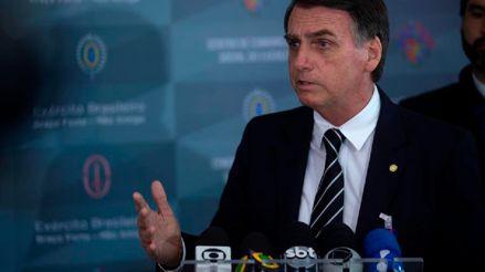 Jair Bolsonaro dice que Brasil no comprará vacuna china contra la COVID-19 y desautoriza a ministro
