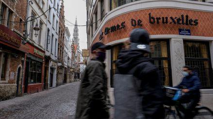 Bélgica registra un récord con 13 227 contagios de la COVID-19 en solo un día