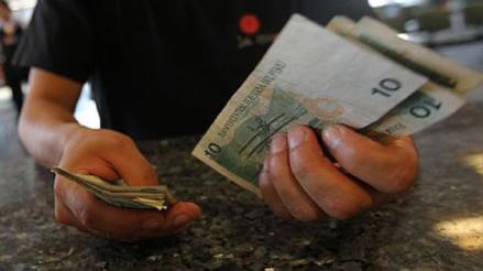 Reprogramación y congelamiento de deudas: Bancos afirman que aún no pueden aplicar facilidades