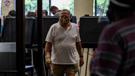"""""""¡Yo voté!"""": Exconvictos de Florida votan por primera vez en 150 años"""