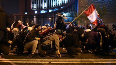 Así se desarrolló la segunda marcha nacional contra el Gobierno de Manuel Merino [Audiogalería]