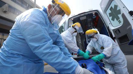 Perú registra 35 484 fallecidos y más de 946 000 casos confirmados de la COVID-19