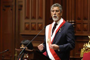 Francisco Sagasti nombró a César Cervantes Cárdenas como nuevo comandante de la Policía Nacional