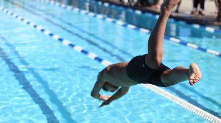 Salud mental: Cuatro razones para cuidar de nuestro bienestar mental practicando natación