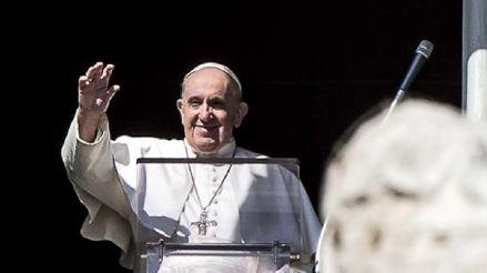 Papa Francisco lamenta que el consumismo