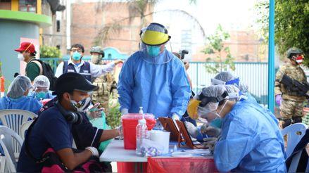 Perú registra 37 103 fallecidos por la COVID-19 y 997 517 casos confirmados