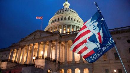 Donald Trump | Cuatro muertos, 14 policías heridos y 52 detenidos durante el asalto al Capitolio de EE.UU. | Joe Biden | Elecciones
