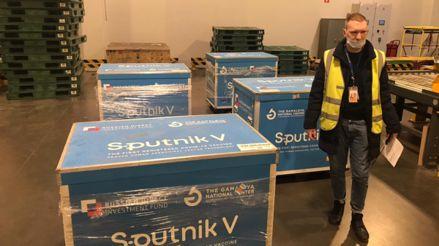 Primer lote de las vacunas Sputnik V ya está de camino a Bolivia desde Rusia