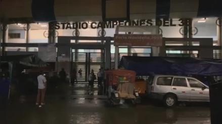 Piura: UCI del Hospital de Contingencia de Sullana se quedó sin luz por intensa lluvia y el agua ingresó a ambientes [VIDEO]