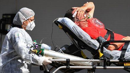 Brasil supera por primera vez las 2 300 muertes diarias por COVID-19 y bate nuevo récord