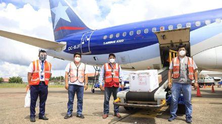 Loreto: Suspenden vacunación contra la COVID-19 por retraso en el vuelo que transportó las dosis de Pfizer [VIDEO]
