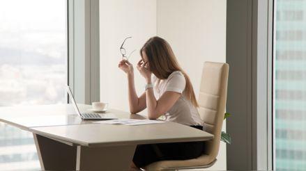 Por qué sentimos fatiga ocular y cómo podemos evitarla