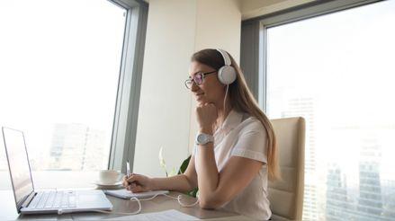 Trabajar y estudiar a la vez: ¿Qué ventajas podemos lograr?