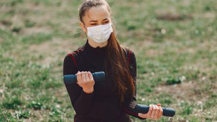 ¿Cómo protegernos del sol durante la pandemia de la COVID-19?