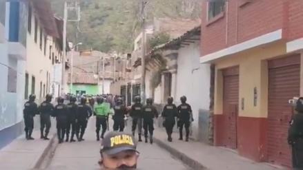Huancavelica: Universitarios se enfrentan a la Policía durante protesta [VIDEO]