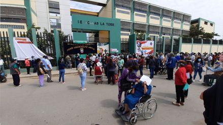 Lambayeque: Adultos mayores esperan más de cinco horas para ser vacunados contra la COVID-19 [VIDEO]