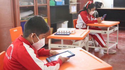 Más de 35 mil escolares de zonas rurales ya asisten a clases semipresenciales
